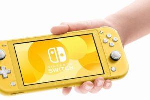 本日より『NintendoSwitch Lite』が販売開始!早速、手にとっている人の感想は?